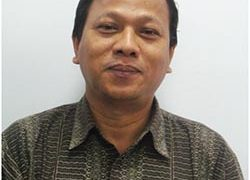 Tri Yunis Miko Wahyono