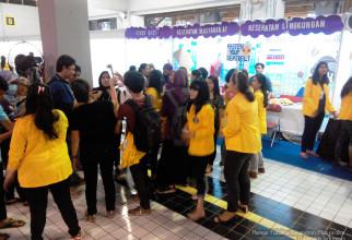 Meriahkan Ulang Tahun Emas HKN 2014, FKM UI  Ramai Pengunjung Monas