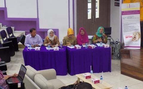 Web Seminar (Webinar): Solusi Penanggulangan Kejadian Luar Biasa (KLB) Difteri di Indonesia