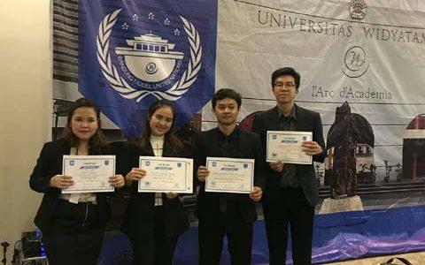 Mahasiswi FKM UI Mendapat Penghargaan Best Paper Position pada Bandung Model United Nations